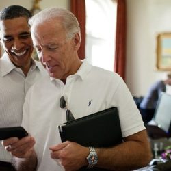 Barack Obama hat ein BlackBerry